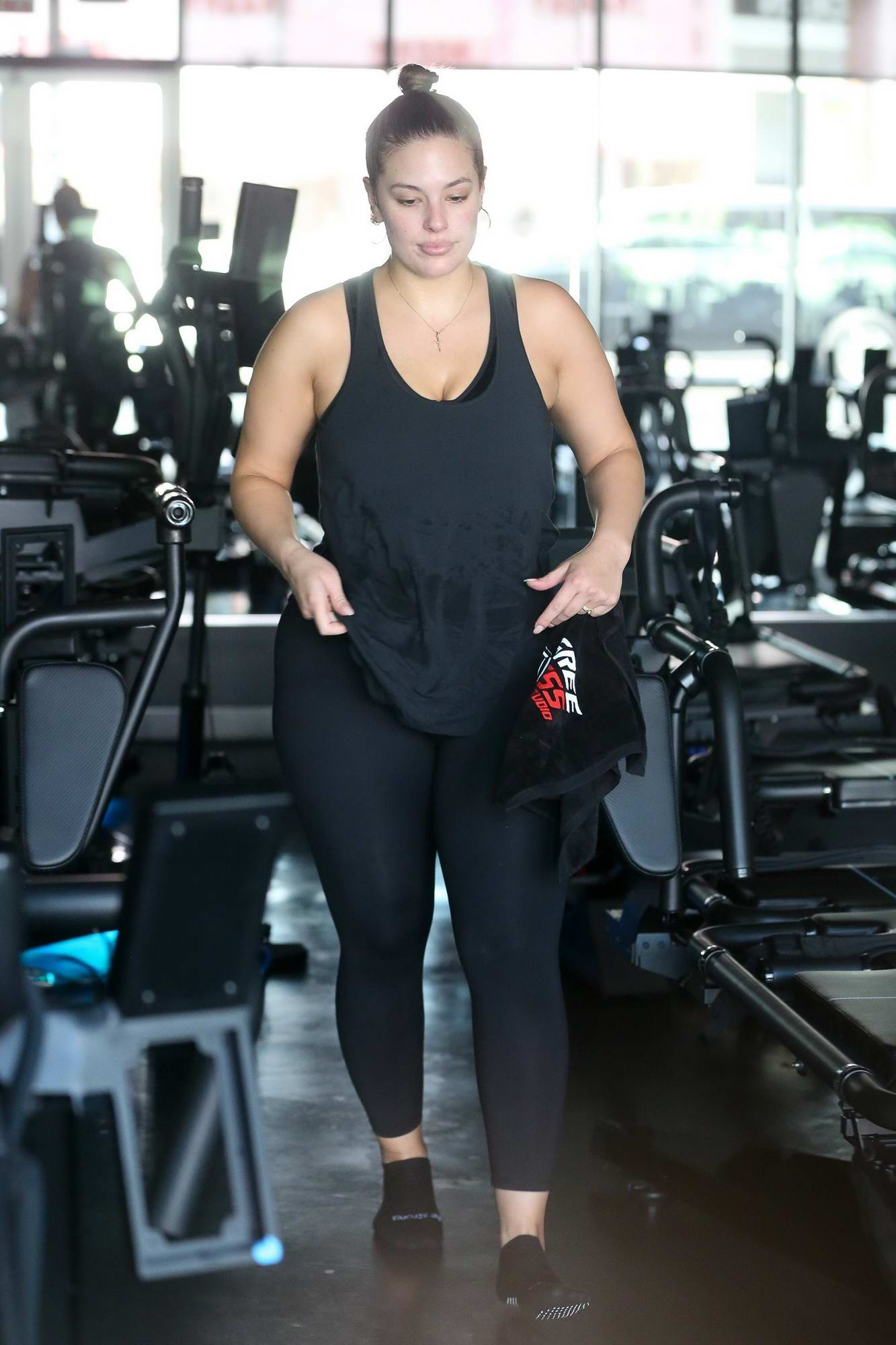 e8fea209ebbca Ashley Graham Working Out in a Gym with her Husband