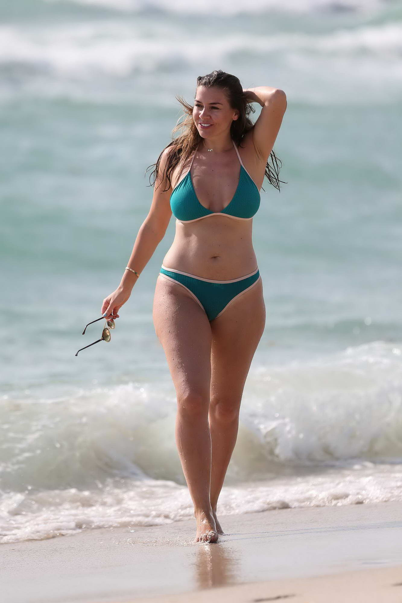Kathryn thomas bikini pictures — img 9