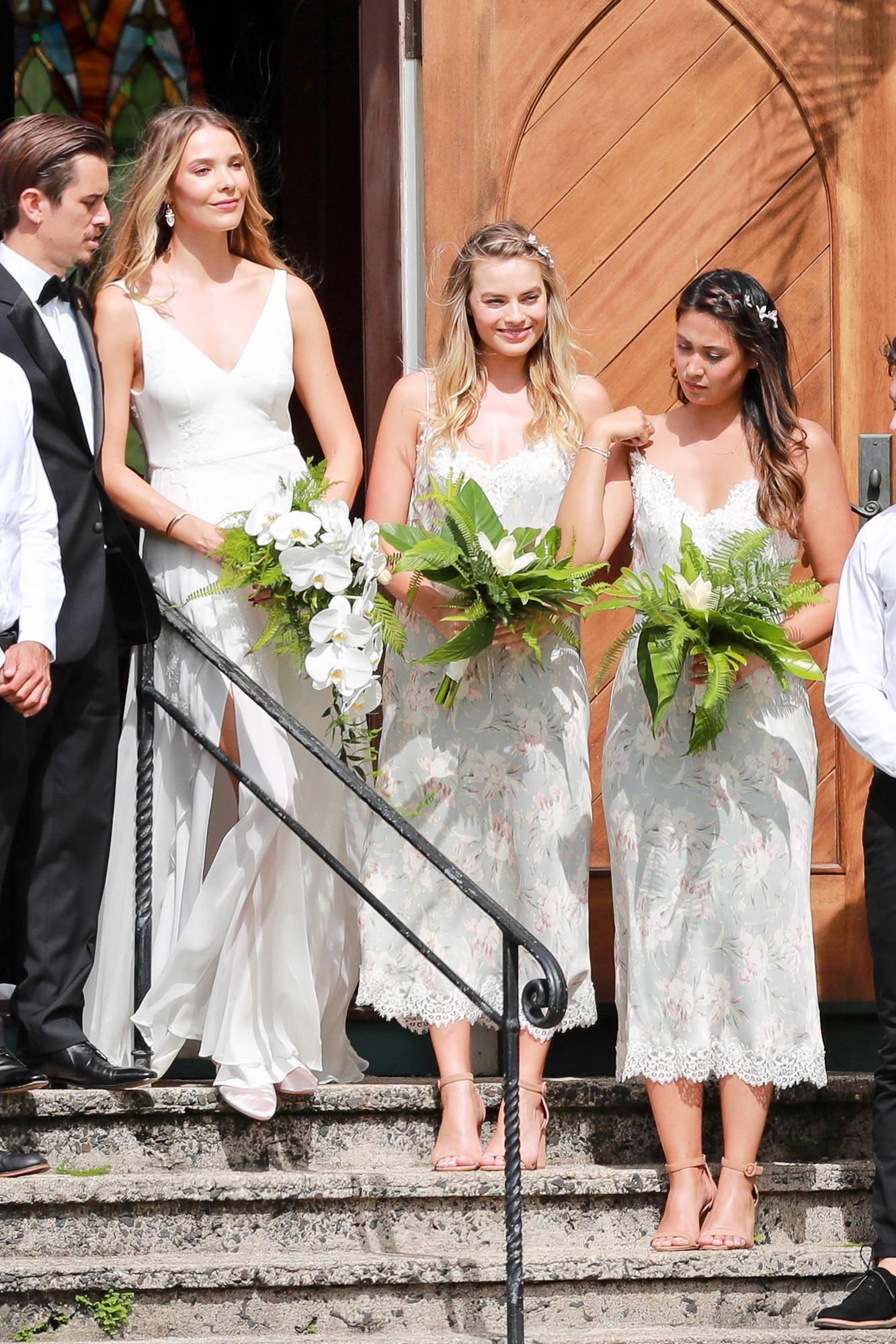 Margot Robbie Wedding.Margot Robbie At Her Friends Wedding In Kaui Hawaii 100517 3