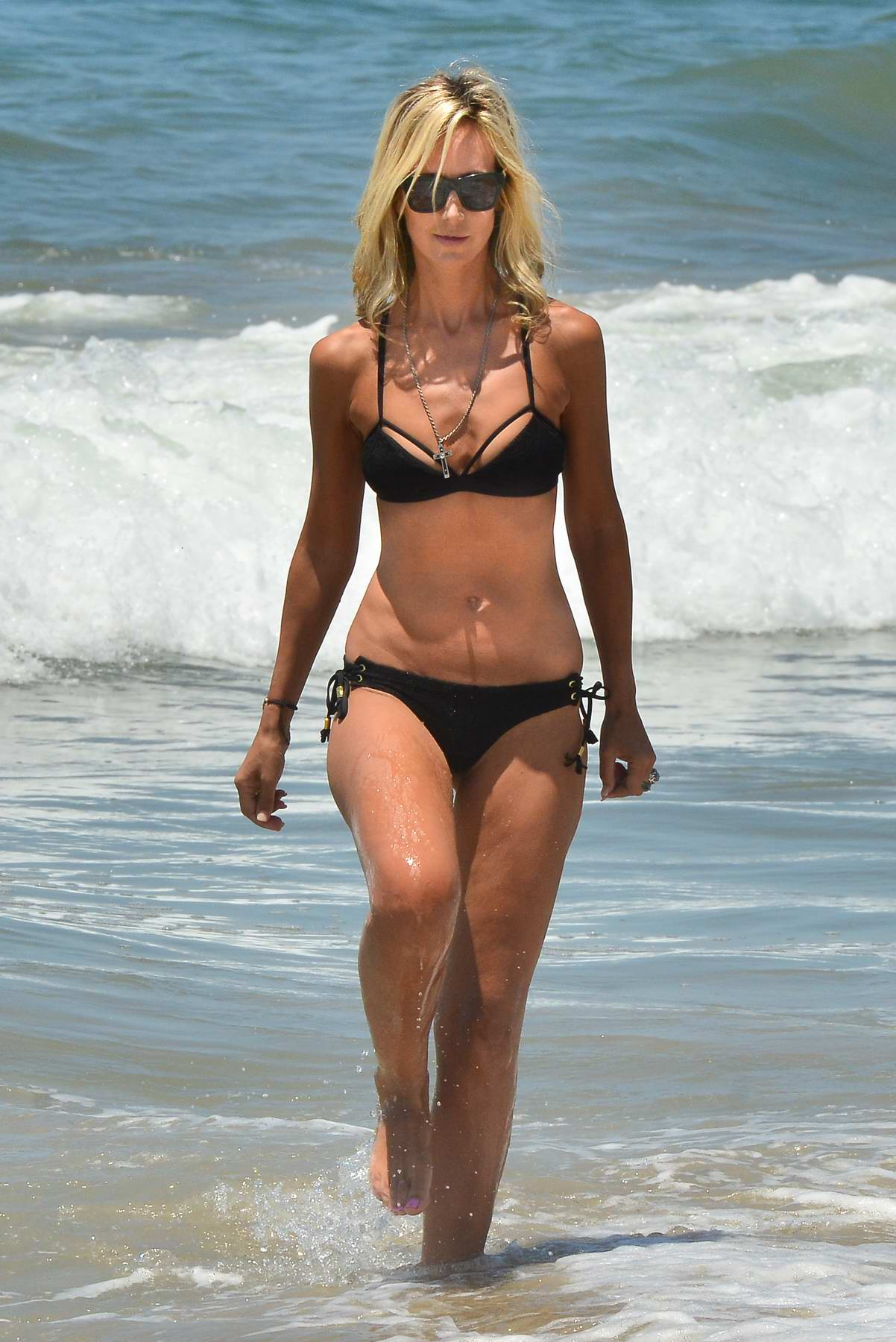 Lady Victoria Hervey in a Black Bikini spotted at the Beach in Santa Monica, CA