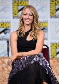 Amy Acker speaks onstage at Comic Con International 2017 SyFy Panel in San Diego