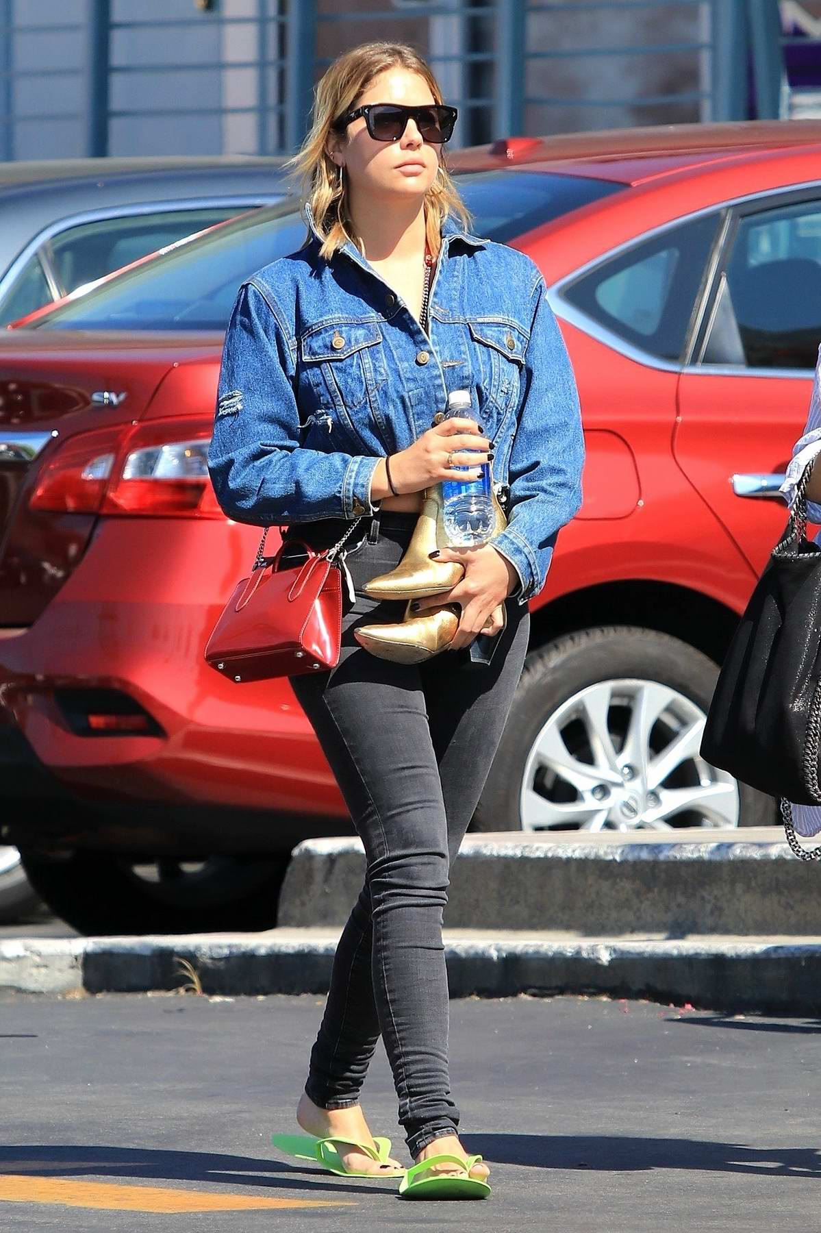 Ashley Benson visits a local Nail Salon with a Friend in Studio City, Los Angeles