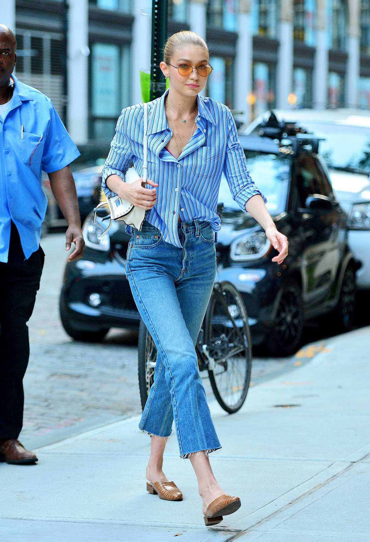 Gigi Hadid rocking a Denim look as she arrives back at her Apartment in New York
