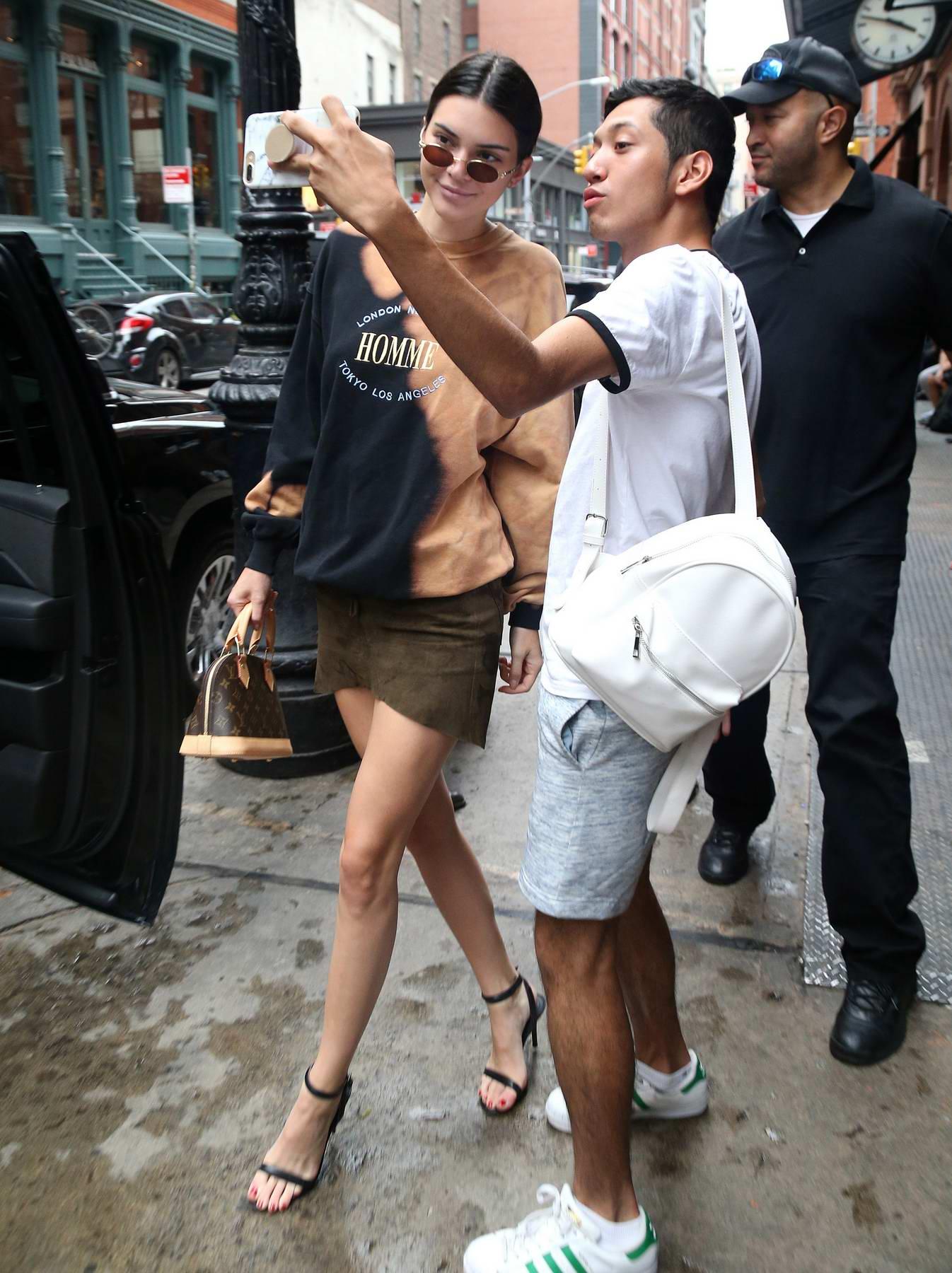 Kendall Jenner leaving her Hotel in New York
