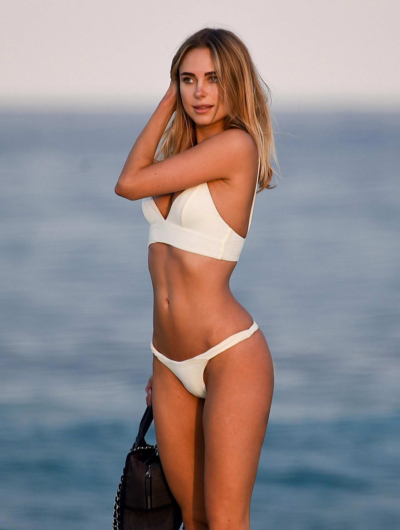 Kimberley Garner nude (74 gallery), Is a cute Ass, Instagram, cleavage 2018