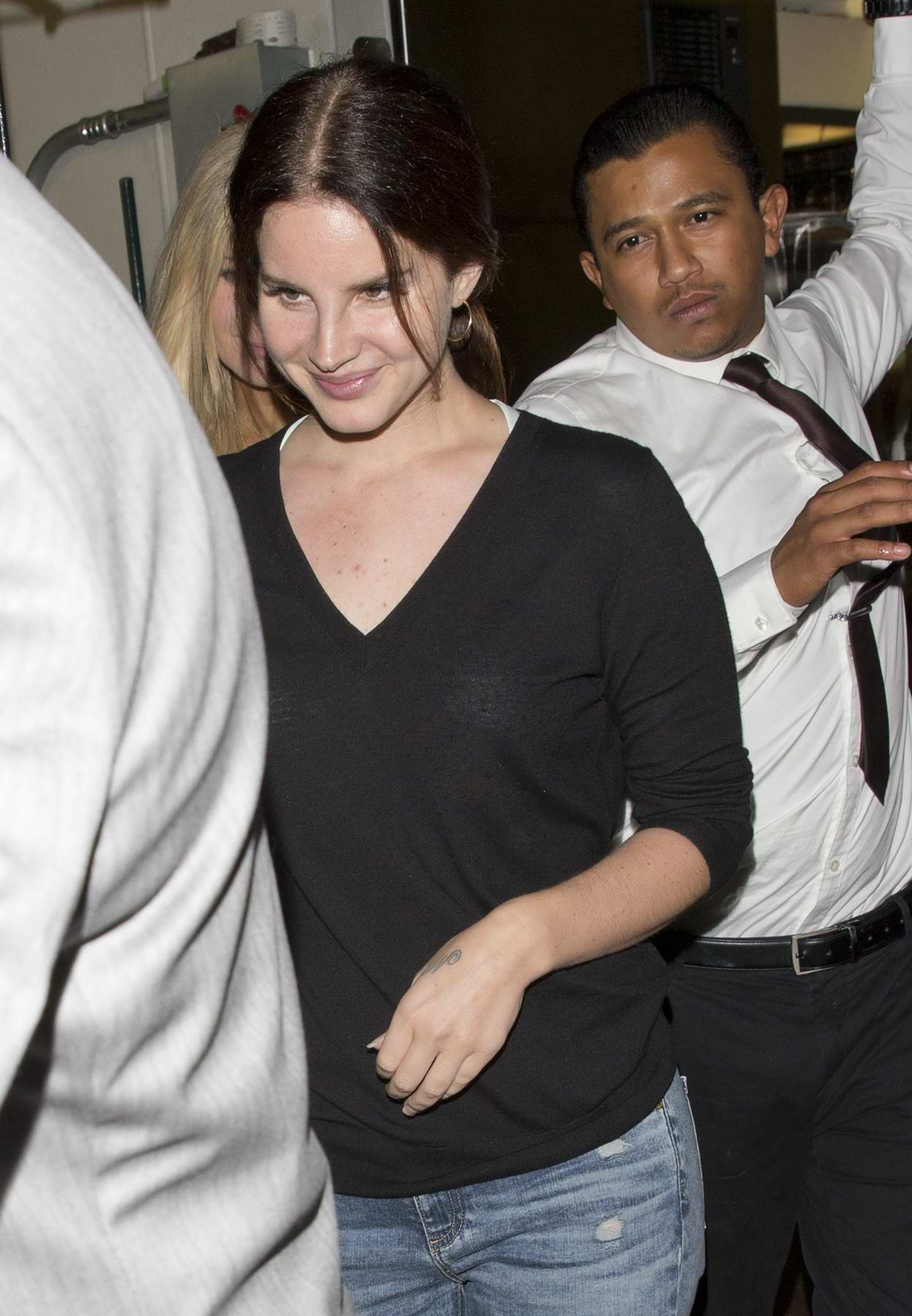 Lana Del Rey leaving the Nice Guy in West Hollywood