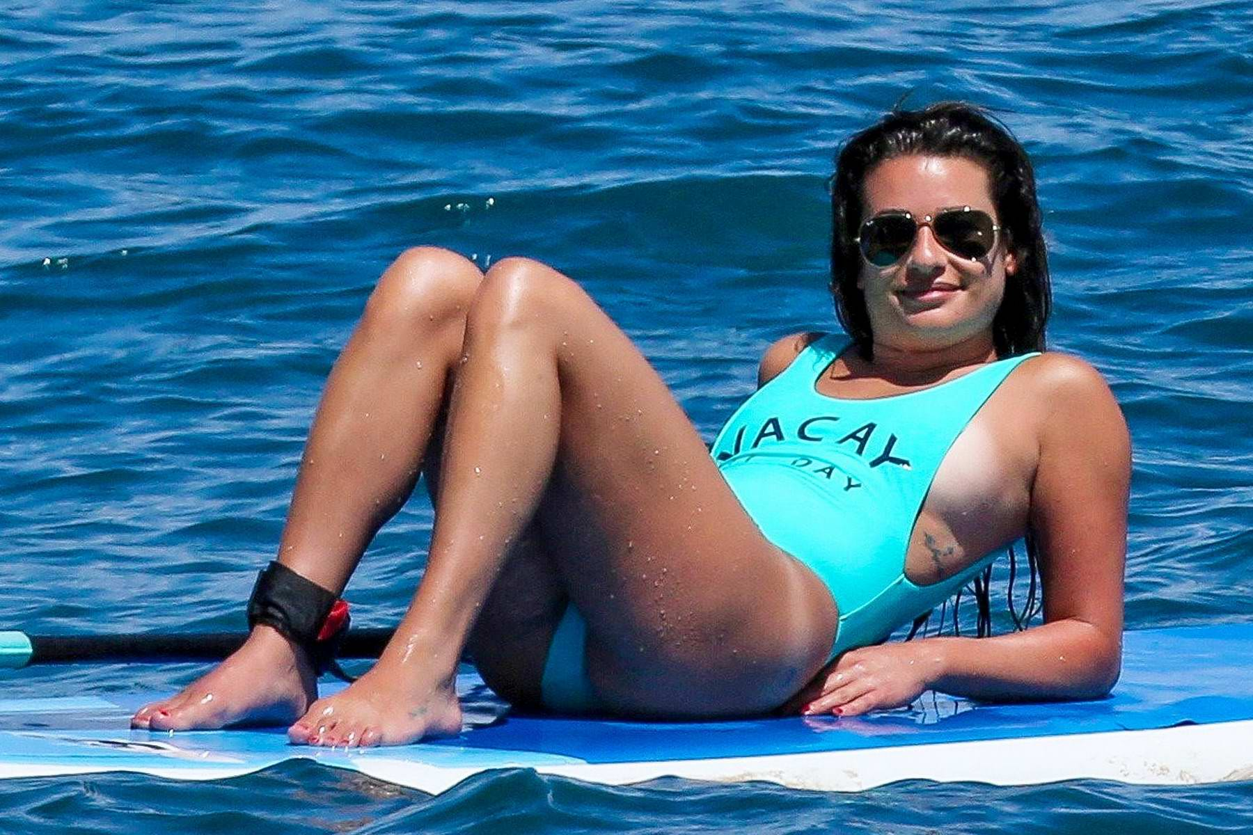lea-michele-in-a-blue-swimsuit-shows-off-her-yoga-skills-on-a-paddle-board-in-maui-hawaii-300617_3.jpg