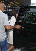 Miranda Kerr arriving at Chicago Airport, Illinois