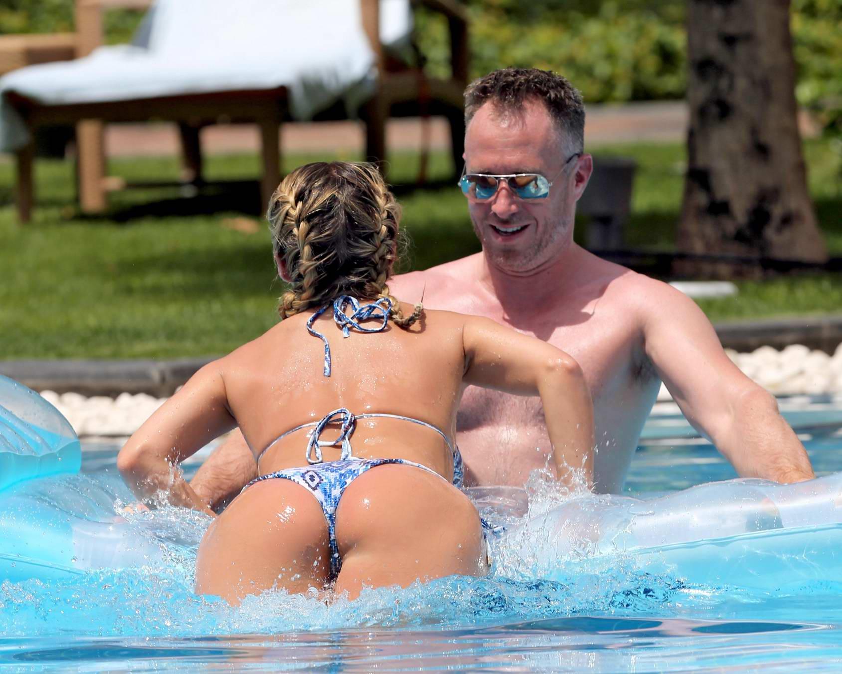 Alexandra Vittek Topless Nude Photo Collection - 7 Photos advise