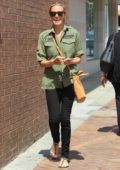 Cat Deeley leaves the Nail salon in Beverly Hills, Los Angeles