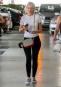 Corinne Olympios out shopping with her Mom in West Hollywood, California