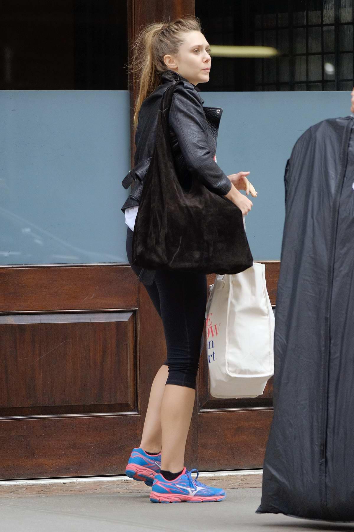 Elizabeth Olsen arriving at her Hotel in New York