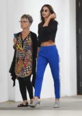 Emily Ratajkowski and her mom along with boyfriend Jeff Magid grab lunch at Hauser & Wirth Restaurant in Los Angeles