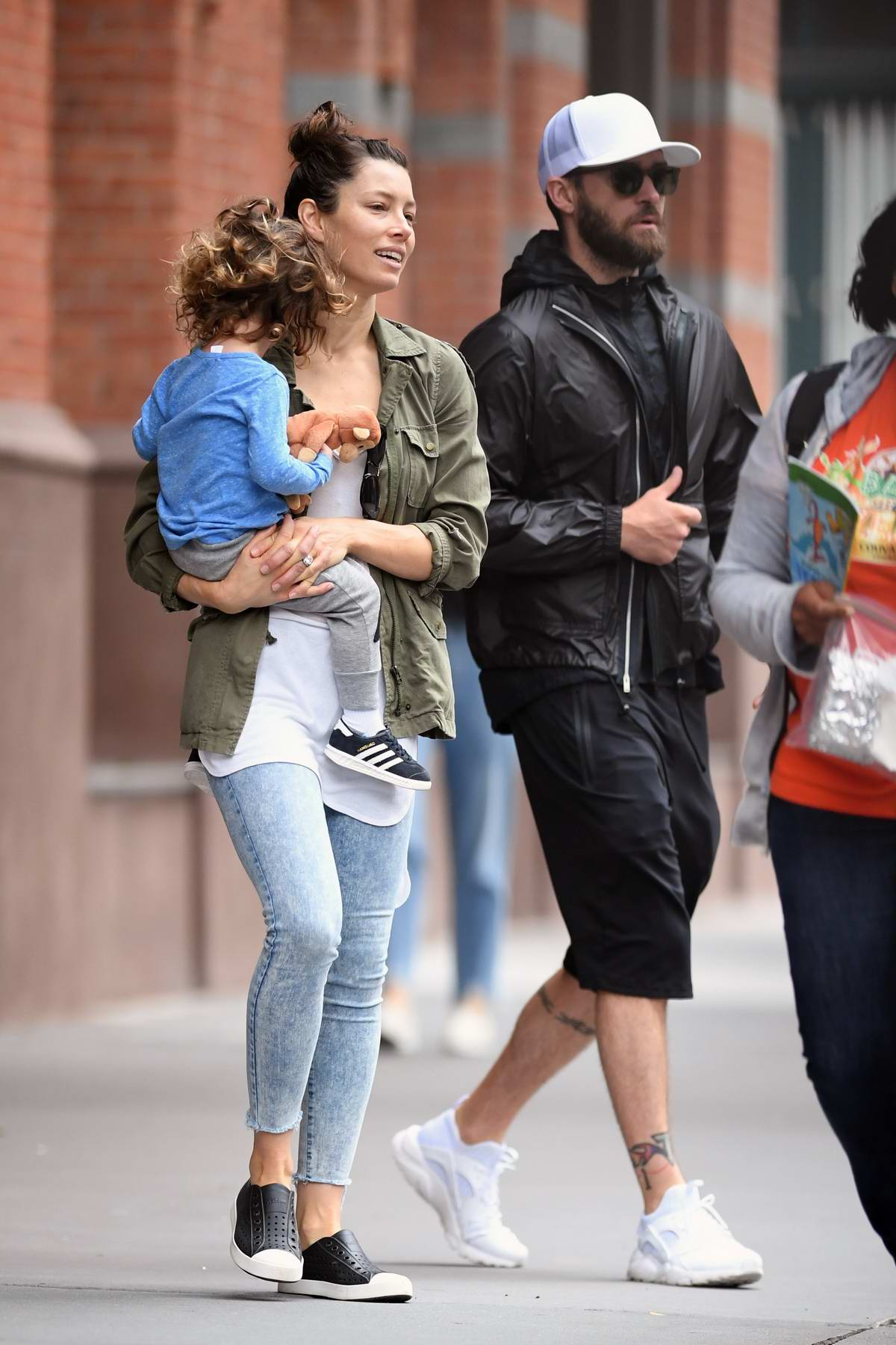Jessica Biel and Justin Timberlake out for the day in New York