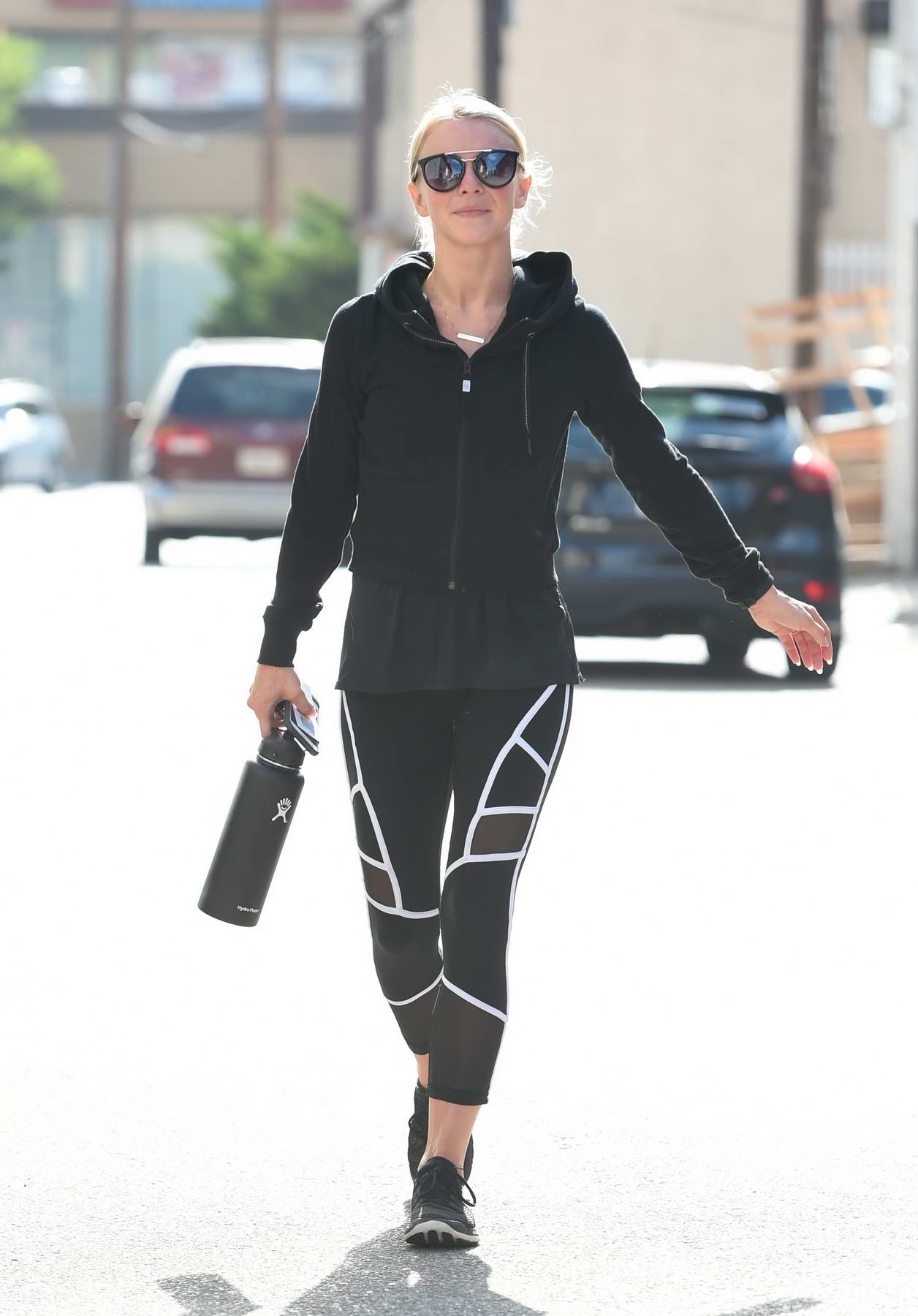 Julianne Hough leaving after her Workout in Los Angeles