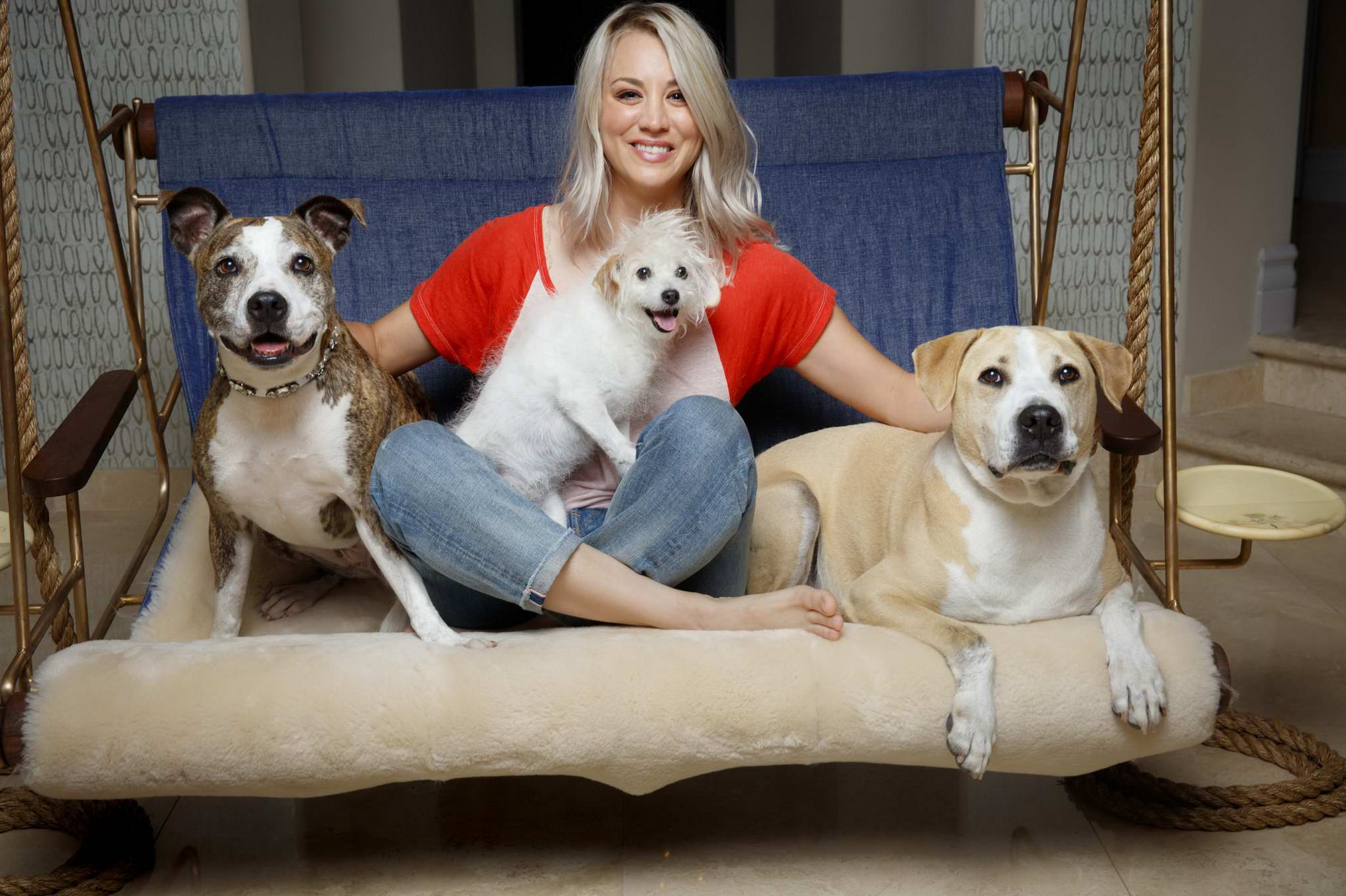 Kaley Cuoco featured in Los Angeles Times