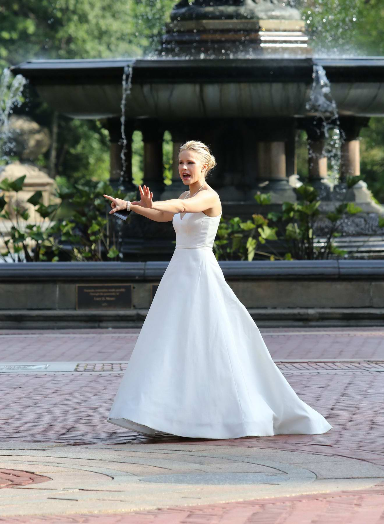 Imagespace Kristen Bell Wedding Dress Gmispace Com