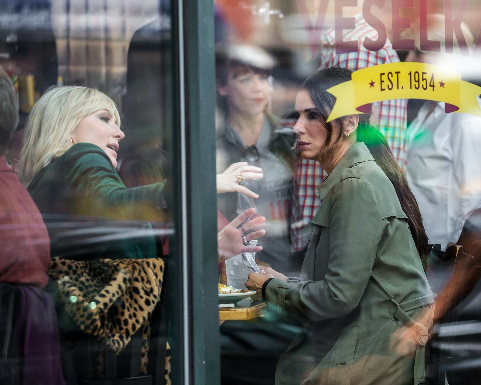 """Sandra Bullock and Cate Blanchett on location at Cafe Veselka in East Village filming """"Ocean's Eight"""" in New York"""