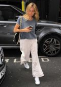 Sienna Miller arriving at the Apollo Theatre in London
