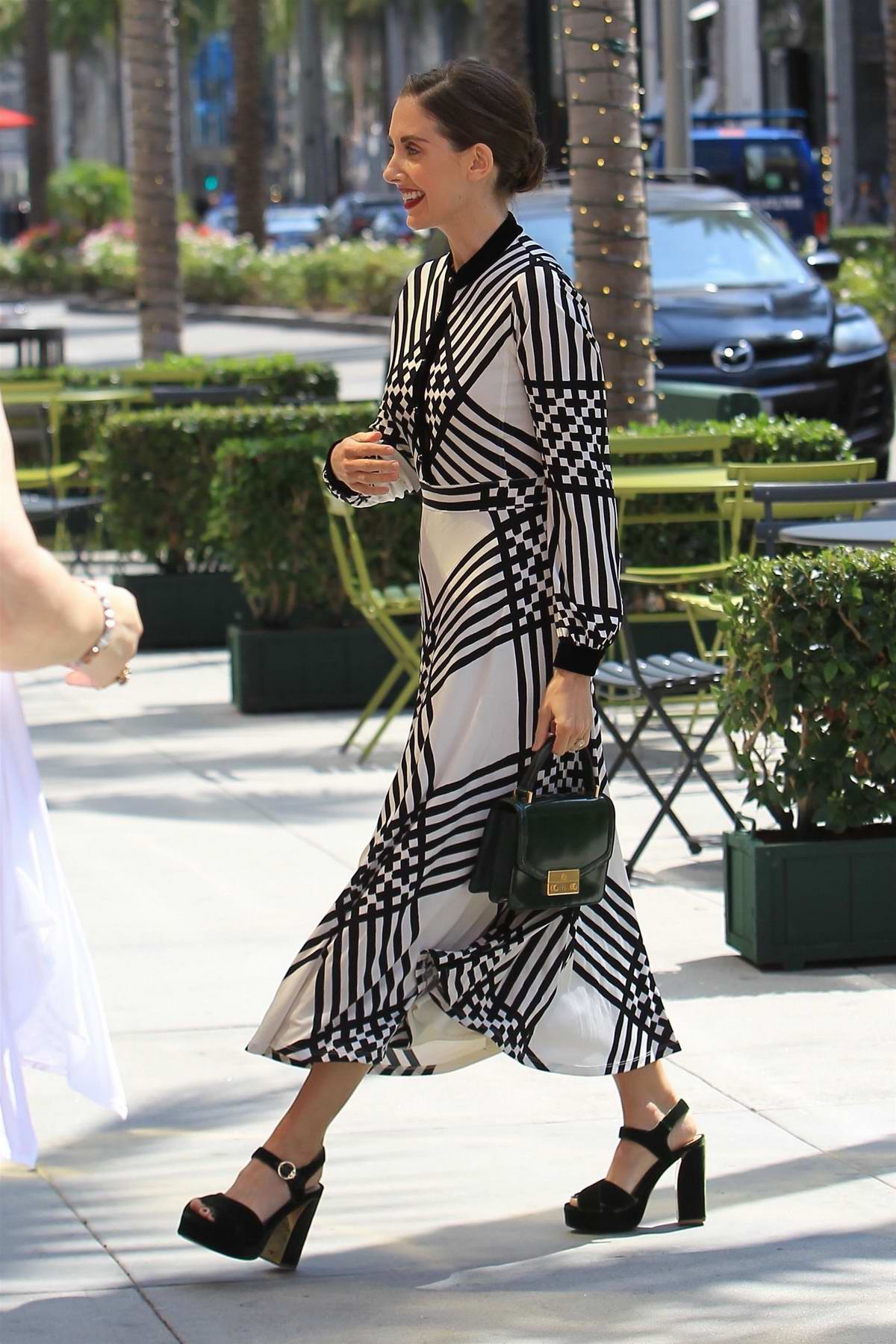 Alison Brie starts off her weekend with a little shopping in Beverly Hills, Los Angeles