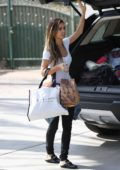 Audrina Patridge unloads her car in Los Angeles