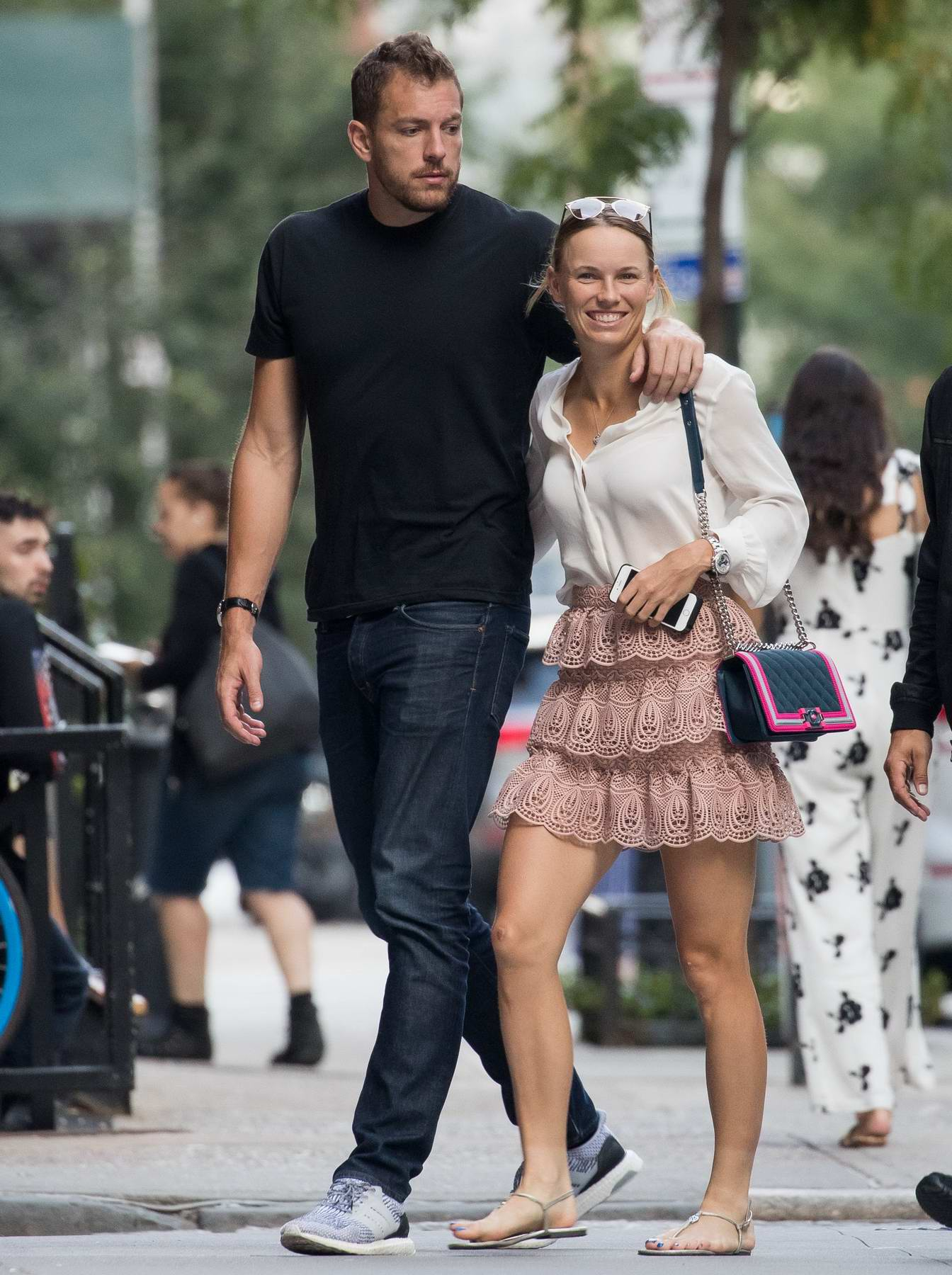 Wozniacki and David Lee spotted with a real estate broker in New