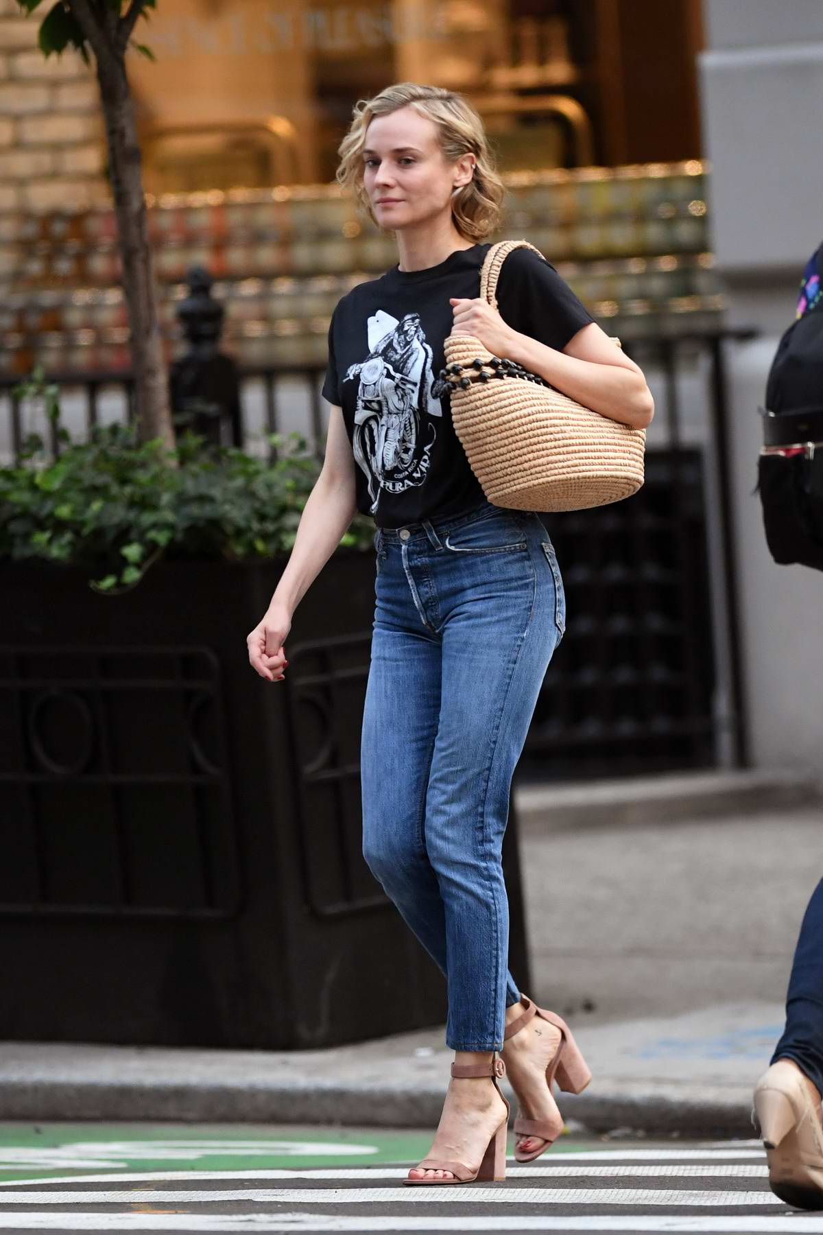 Diane Kruger steps out for breakfast this morning in New York City