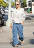 Gwen Stefani waiting for the school bus to pick up her son in Sherman Oaks, Los Angeles