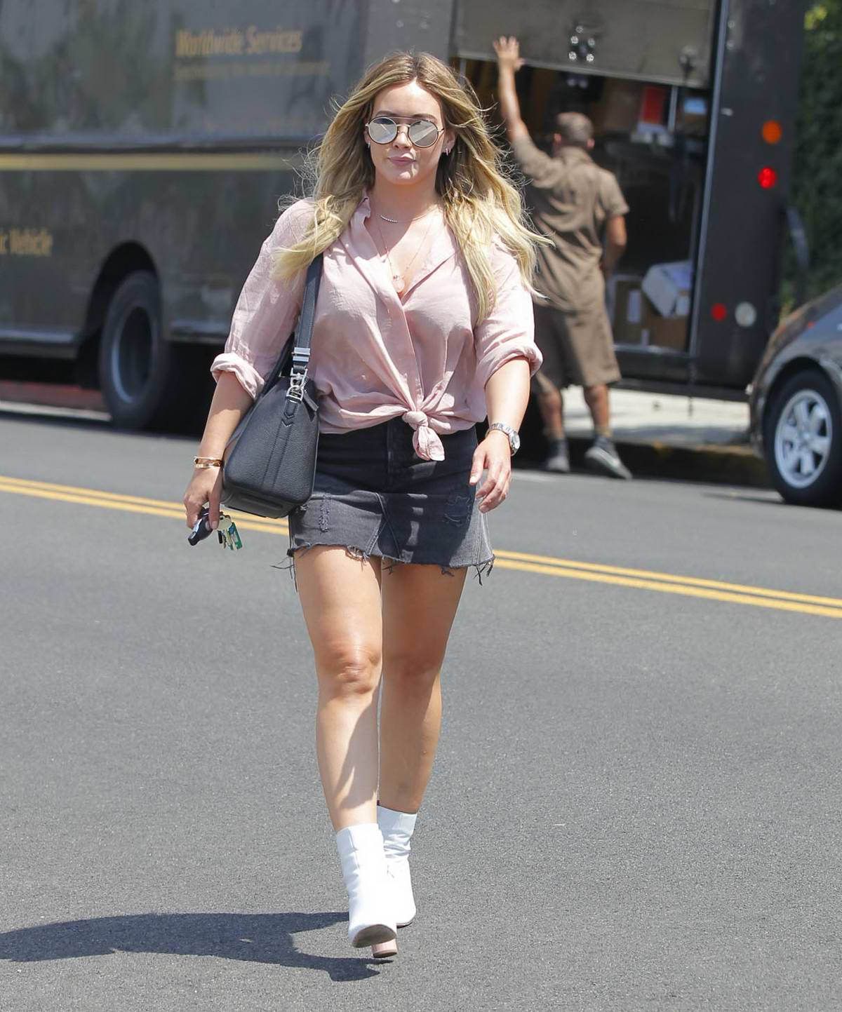 Opinion you hilary duff mini skirt what fuctioning