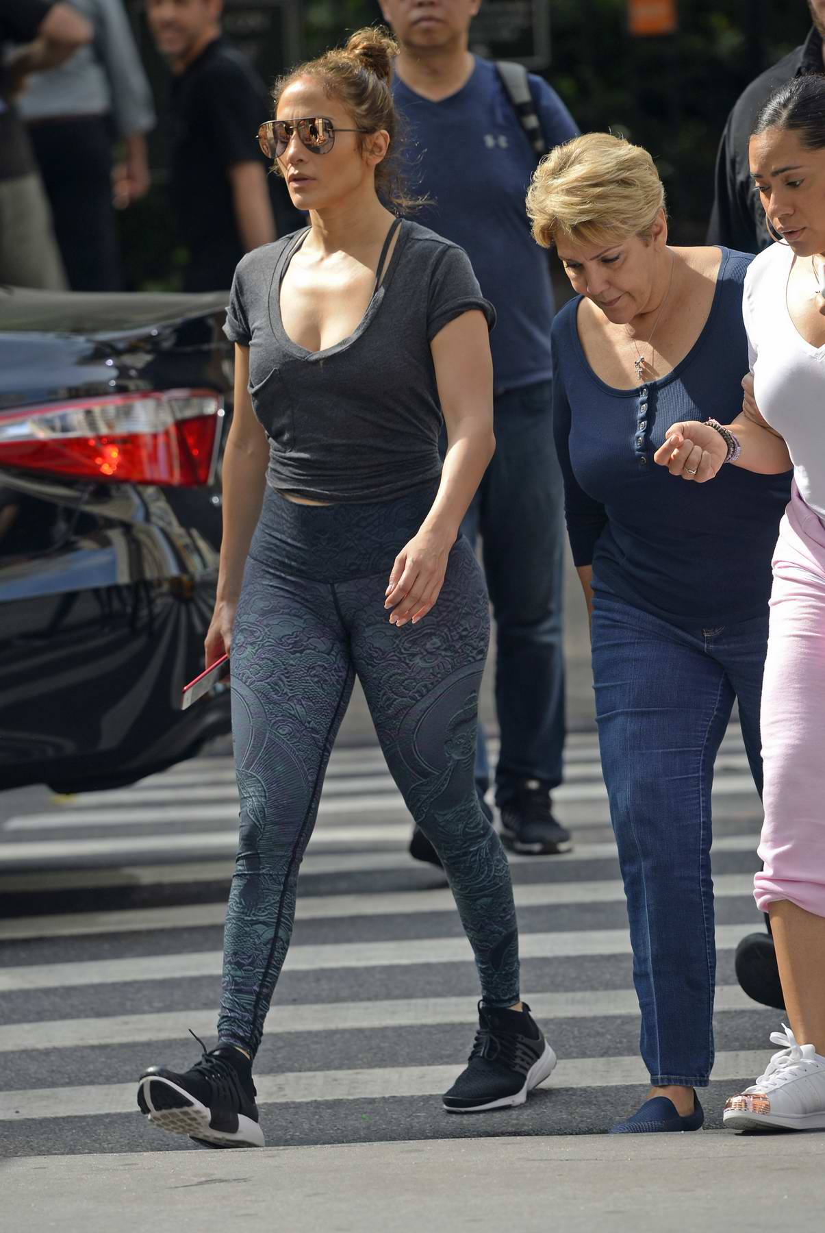 Jennifer Lopez heading to the gym with her mother in New York