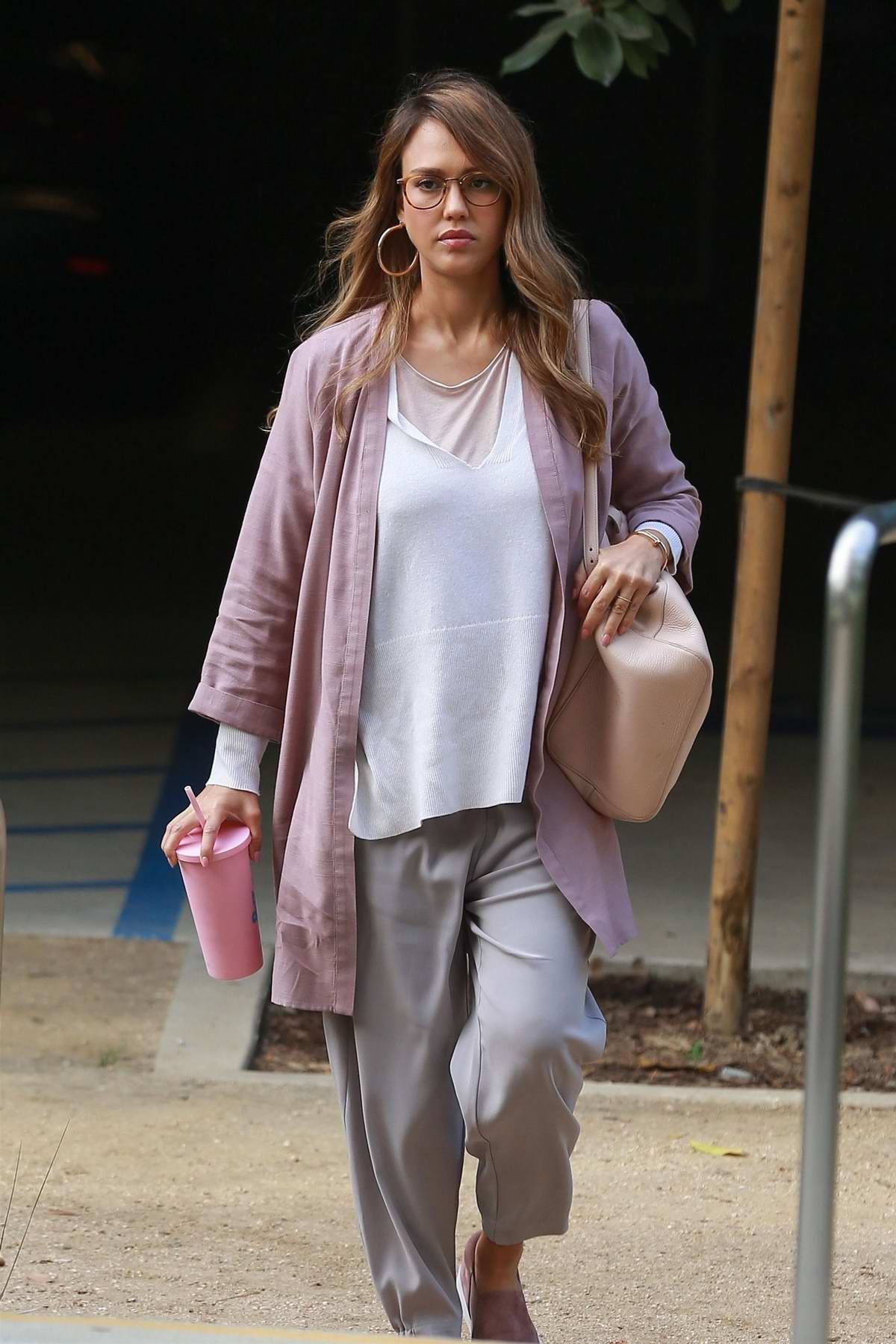 Jessica Alba arriving for work at the Honest Company in Playa Del Vista, California
