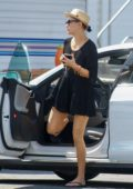 Kate Hudson arrives at her trailer on the set of 'Sister' in Los Angeles