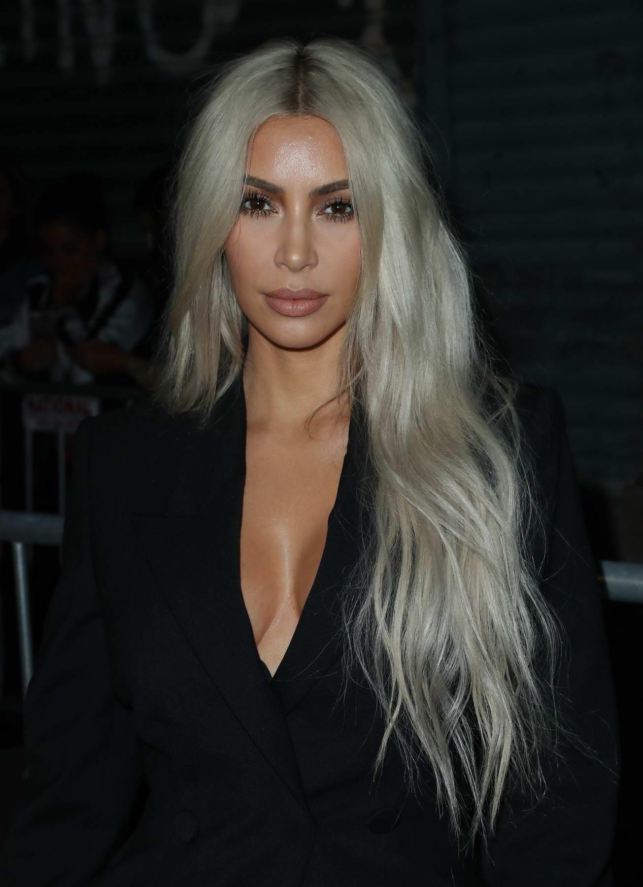 Kim Kardashian Arrives At The Alexander Wang Show Spring
