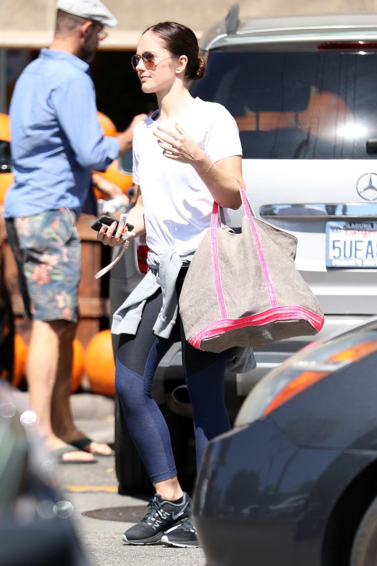 Minka Kelly goes grocery shopping at Whole Foods in West Hollywood, London