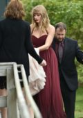 Taylor Swift attends her best friend's wedding in Martha's Vineyard