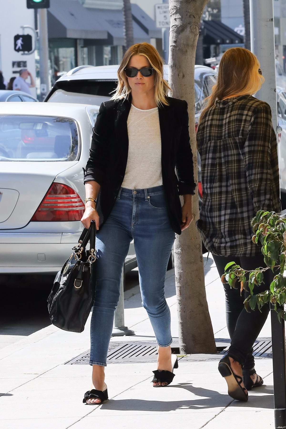 Ali Larter grabs lunch at M Cafe in Beverly Hills, Los Angeles