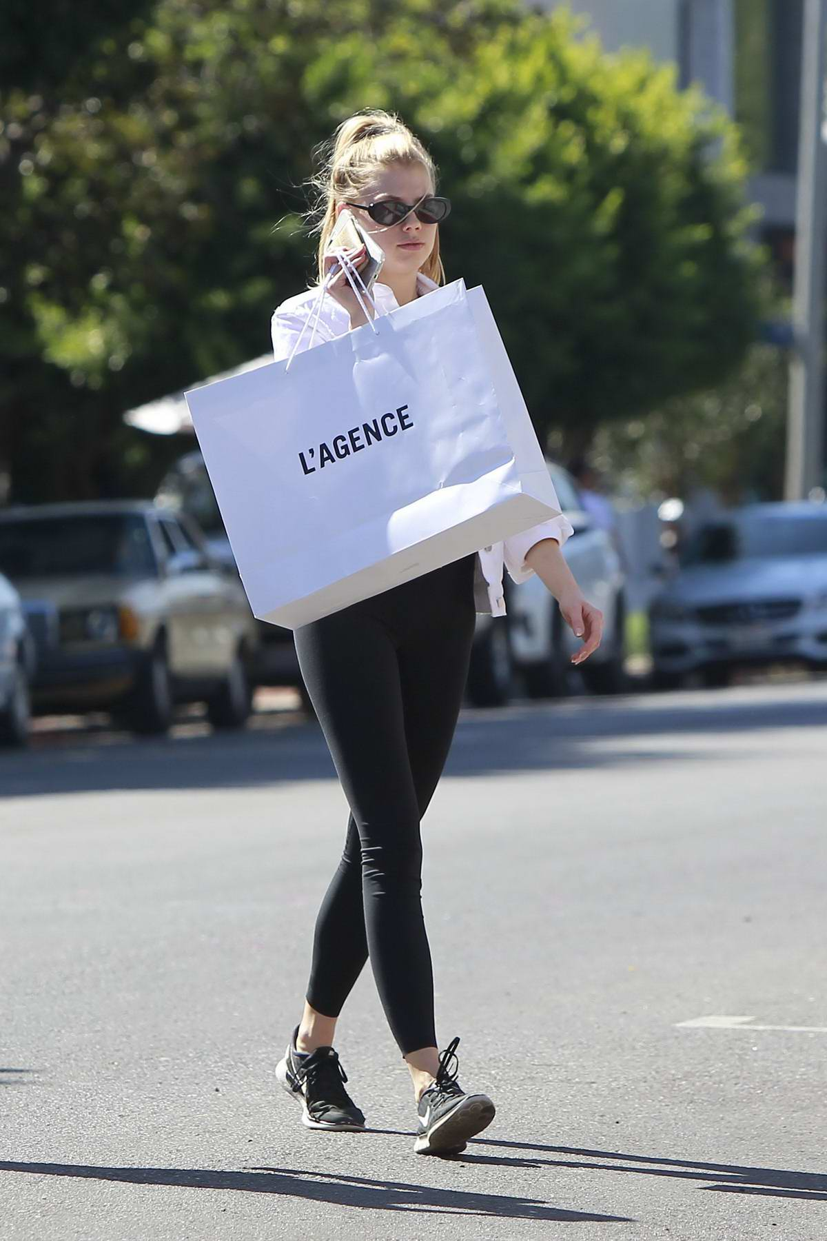 Charlotte McKinney goes shopping on L'AGENCE in West Hollywood, Los Angeles