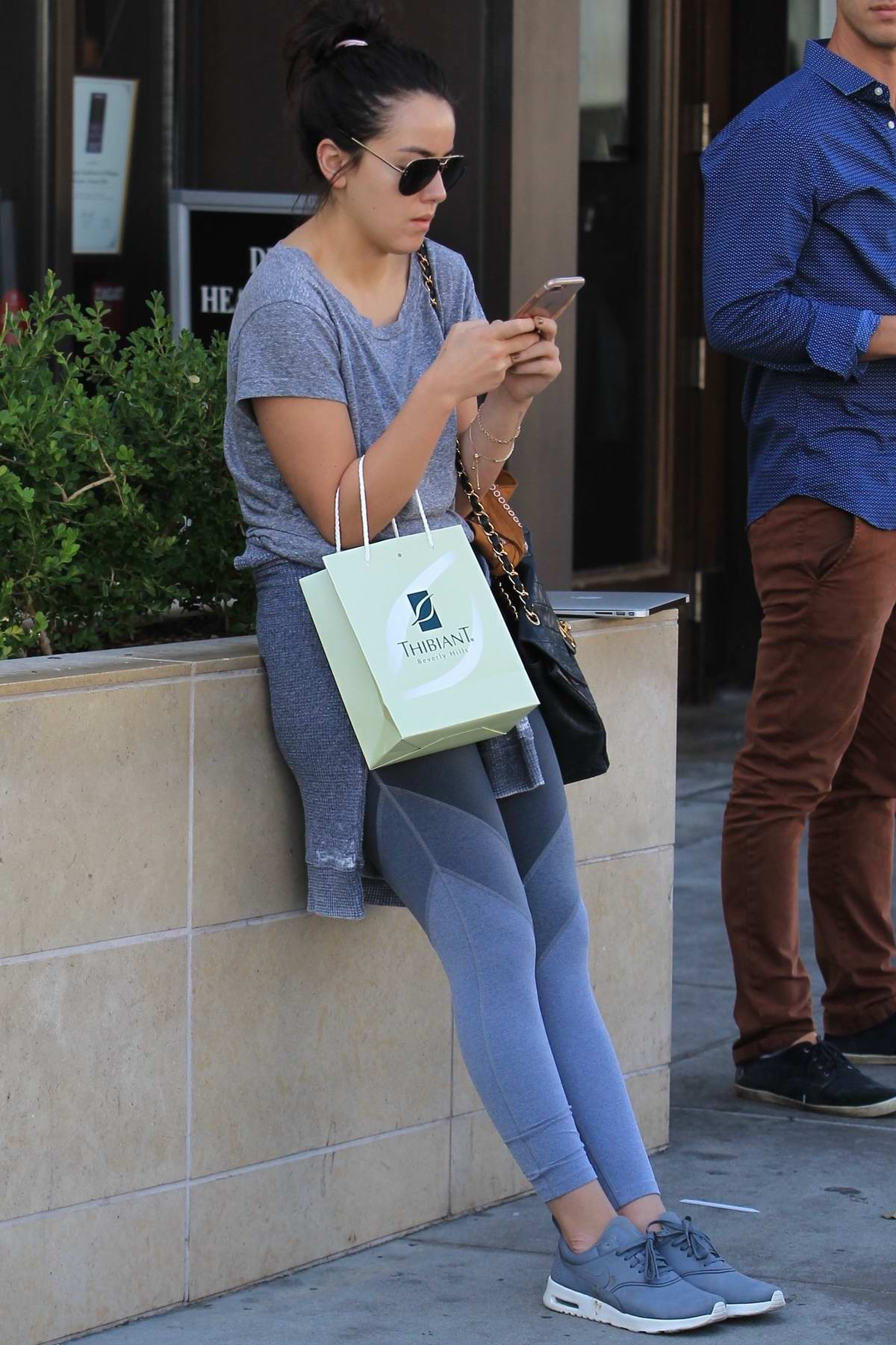 Paparazzi Chloe Bennett naked (86 foto and video), Ass, Paparazzi, Feet, see through 2019
