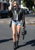 Hailey Baldwin treats herself to a haircut at Nine Zero One salon in West Hollywood, Los Angeles