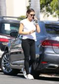 Jennifer Garner sporting a white tee and black skinny jeans as she heads to Cafe Vida in Pacific Palisades, Los Angeles