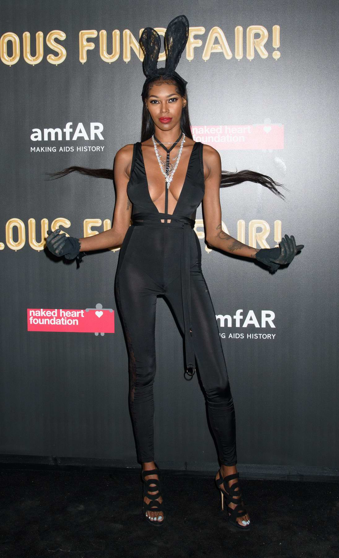 Jessica White at the 2017 amfAR Fabulous Fund Fair at Skylight Clarkson SQ in New York City