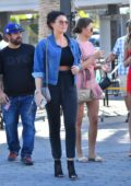 Jessica Wright head to lunch with her family in Hollywood, Los Angeles