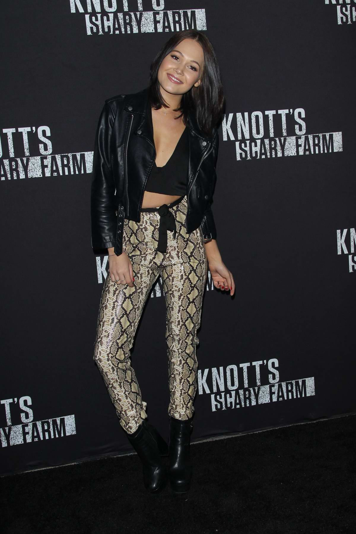 Kelli Berglund at Knott's Scary Farm Celebrity Night in Buena Park, California