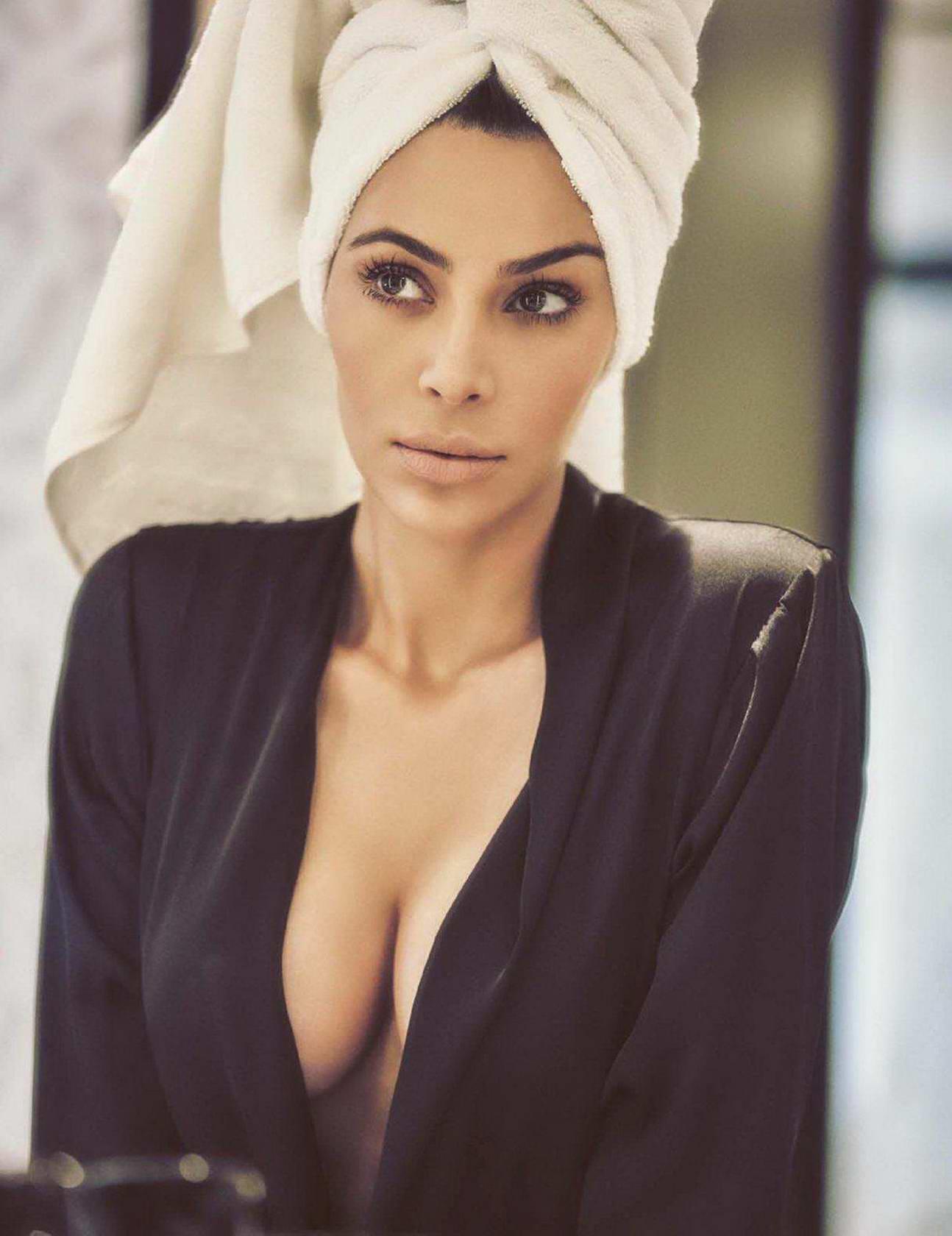 Kim Kardashian in Vogue Magazine, Mexico - October 2017