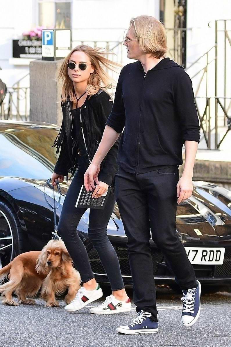 Kimberley Garner meeting up with her ex-boyfriend Richard Dinan at The Phene in Chelsea, UK
