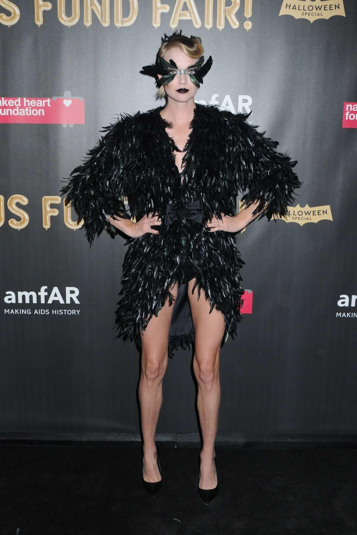 Lindsay Ellingson at the 2017 amfAR Fabulous Fund Fair at Skylight Clarkson SQ in New York City