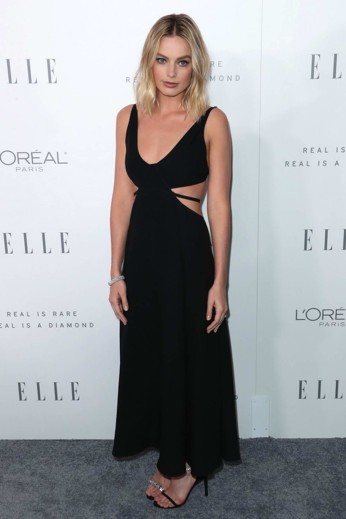 Margot Robbie at the Elle's 24th Annual Women in Hollywood Celebration in Los Angeles