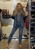 Michelle Hunziker shopping for clothes in Milan, Italy