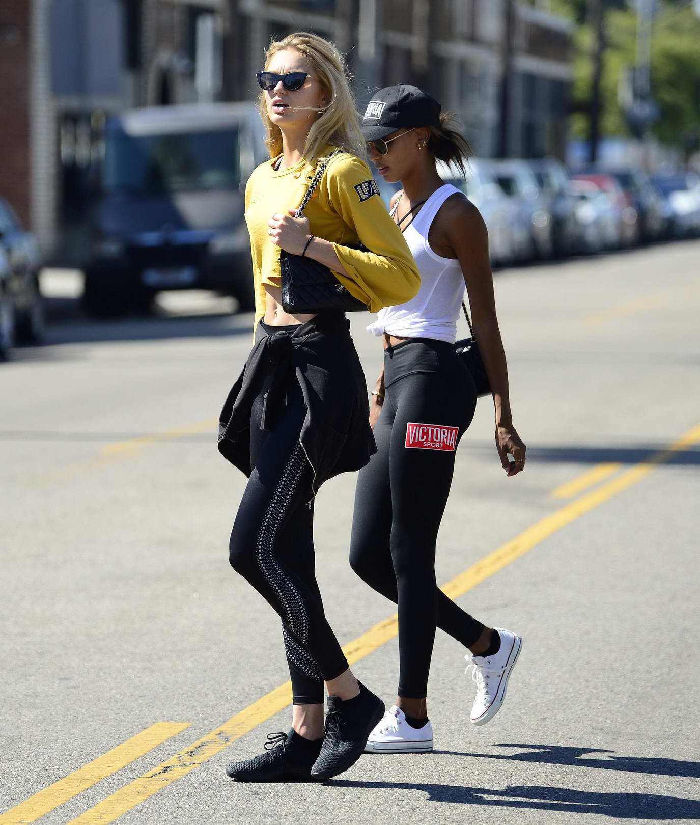 Romee Strijd and Jasmine Tookes enjoy some juice while out for shopping at Venice Beach, Los Angeles