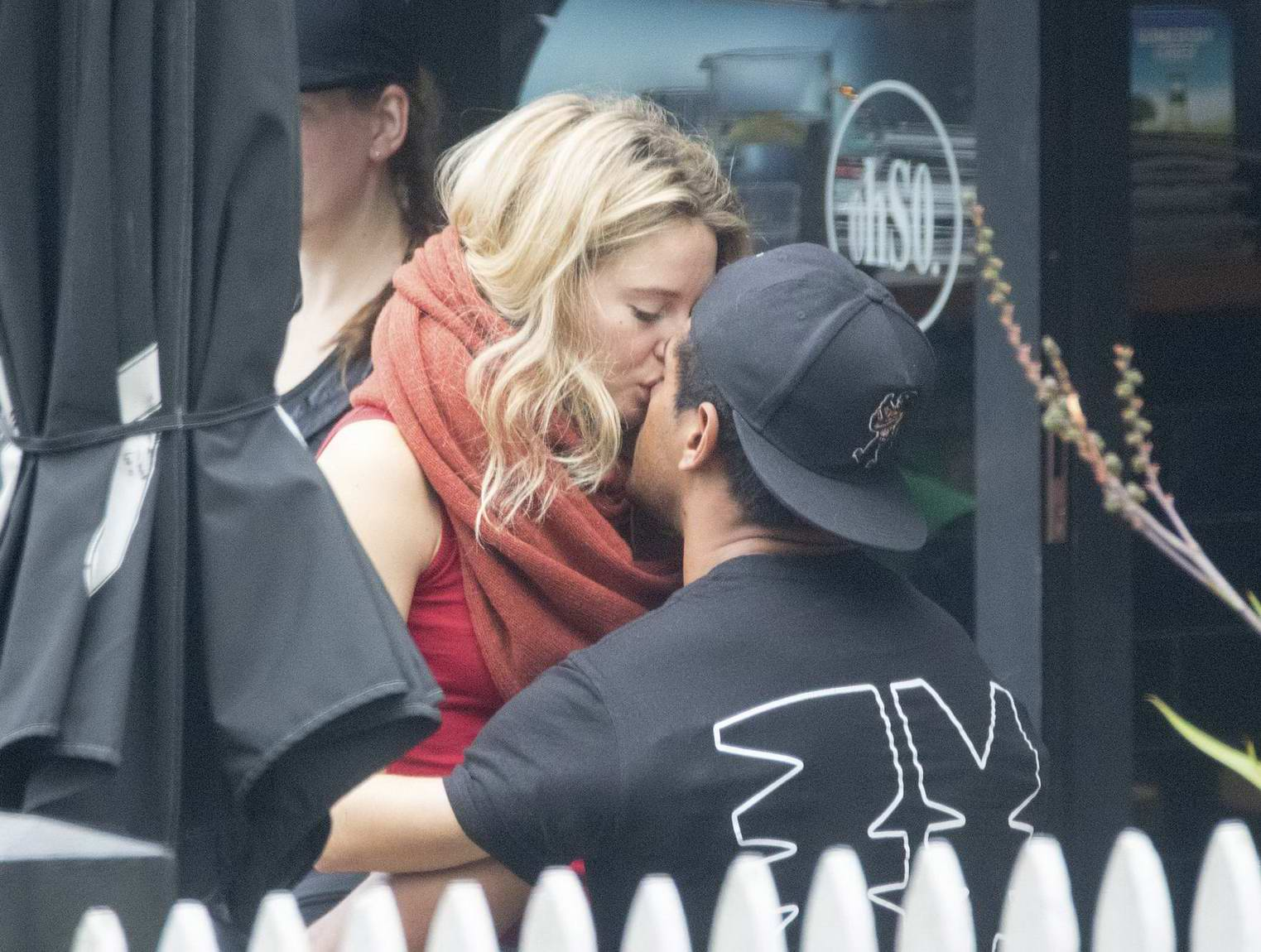 Shailene Woodley and Ben Volavola get into some PDA in Auckland, New Zealand